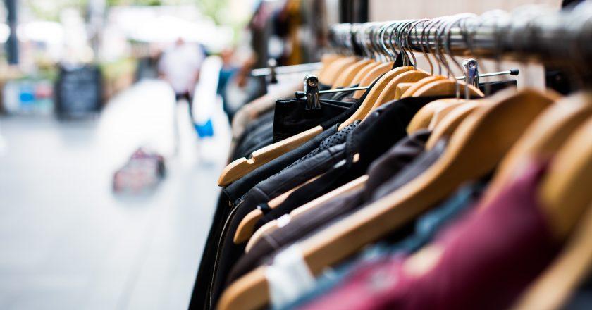Inglaterra autoriza abertura de lojas e shoppings centers a partir de 15 de junho