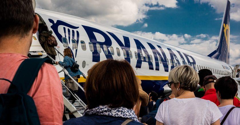 Covid-19: número de passageiros cai 57% em aeroportos da Irlanda