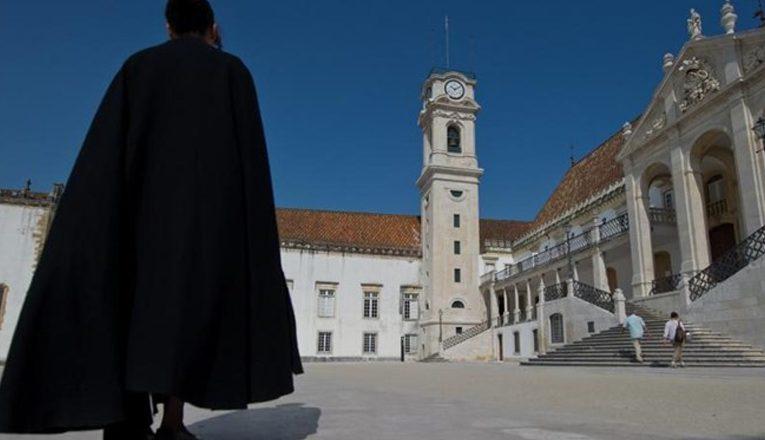 Pandemia e alta do euro dificultam a permanência de estudantes brasileiros em Portugal