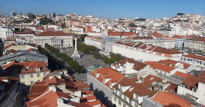 Lisboa: custo do aluguel de quartos diminui 9% em agosto