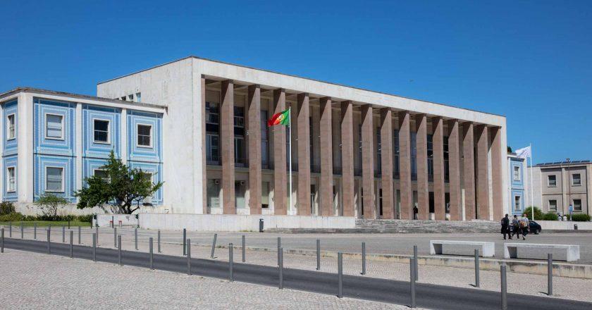Abertas as inscrições para 51 mil vagas nas universidades de Portugal