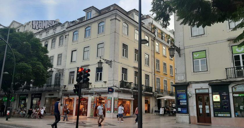 Portugal se aproxima dos 4 mil casos diários de Covid-19