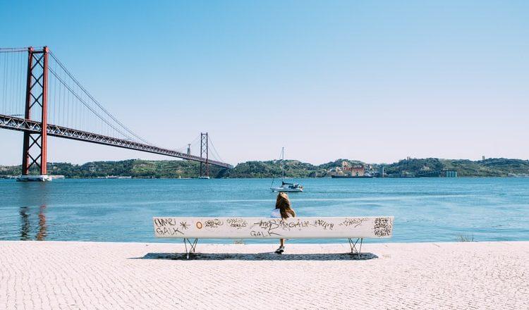 Governo de Portugal regulariza imigrantes com vistos pendentes