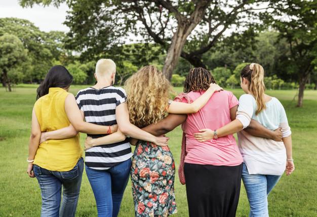 Brasileiras encontram suporte de voluntárias na luta contra violência doméstica