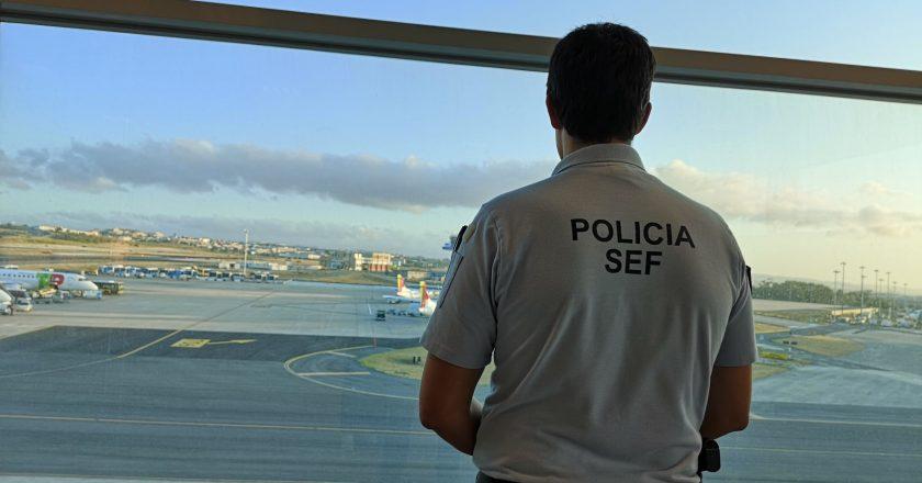 Reestruturação do serviço de imigração começa com críticas em Portugal
