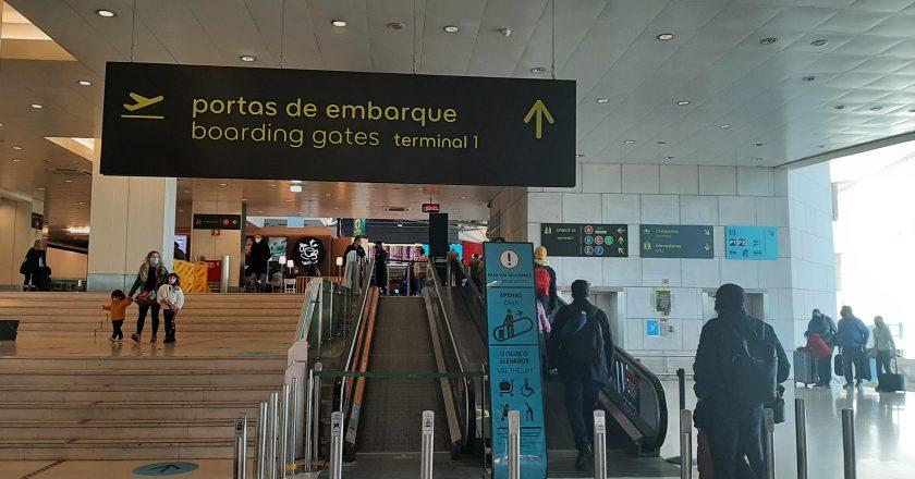 Portugal proíbe viagens ao exterior por 15 dias