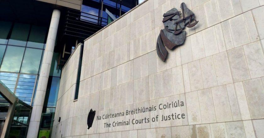 Justiça determina prisão de brasileiro acusado por morte de adolescente irlandês