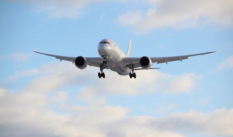 Itália identifica nova variante de Covid-19 e bane voos do Brasil