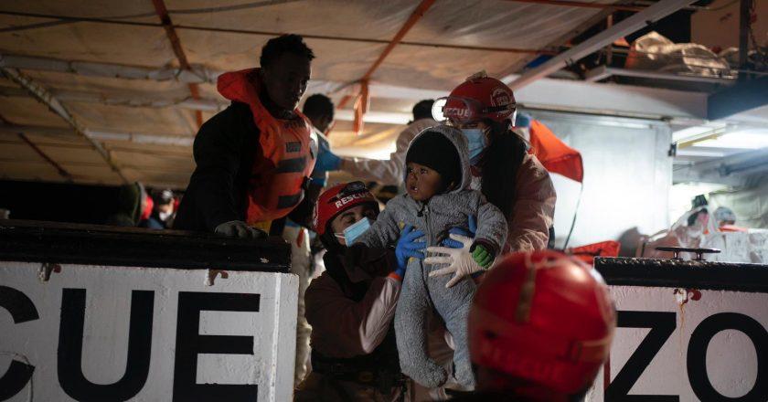 Malta rejeita e Itália acolhe 265 imigrantes resgatados no Mediterrâneo