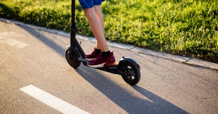 Governo propõe regularizar e-scooters sem taxas ou seguro obrigatórios na Irlanda