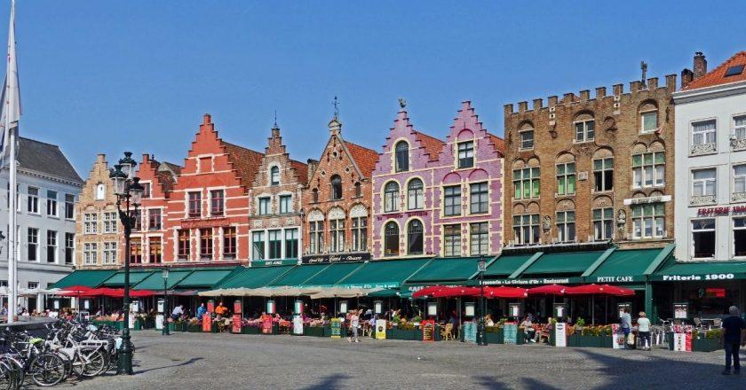 Bélgica limita aglomerações e impõe novas medidas por um mês