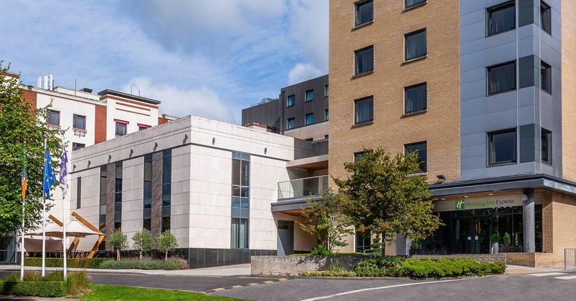 Irlanda: quarentena em hotéis inicia nesta sexta e vai custar quase €2 mil
