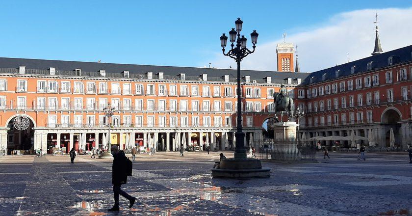 Desemprego e mudanças sociais marcam um ano de pandemia na Espanha