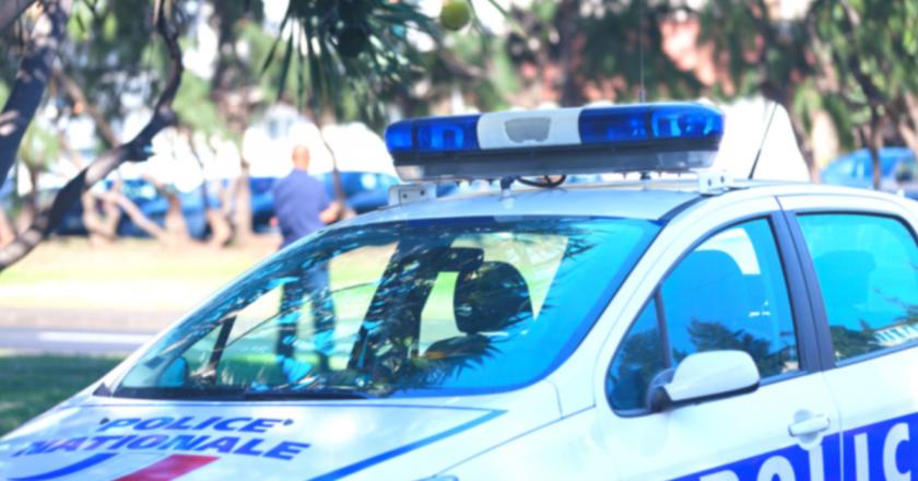 Em novo ataque, policial é morta em delegacia na França