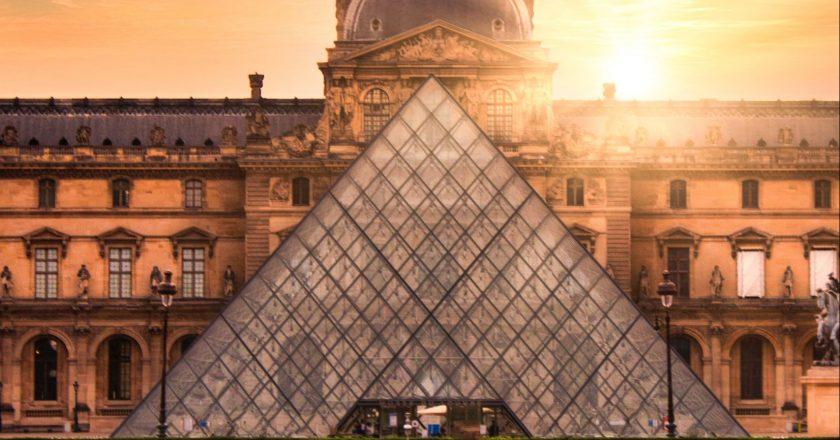 França reabre cafés, museus e estádios a partir de 19 de maio
