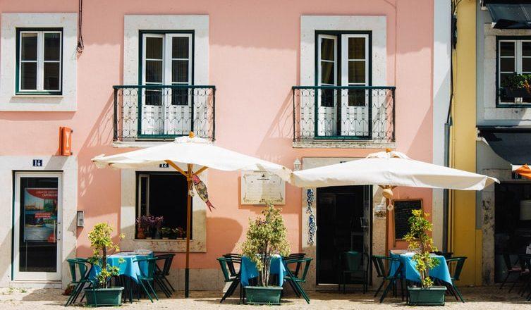 Portugal expande horário de restaurantes aos finais de semana