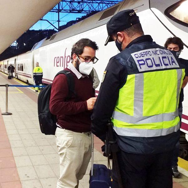 Espanha permite que regiões mantenham restrições da pandemia
