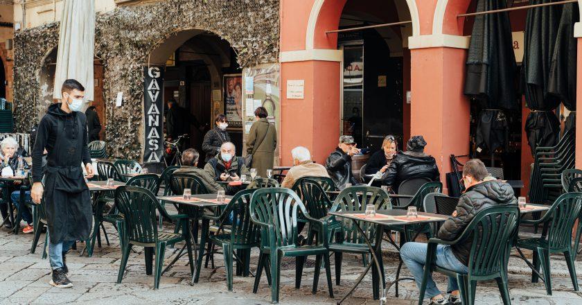 Portugal cria novo programa que impede demissão de trabalhadores