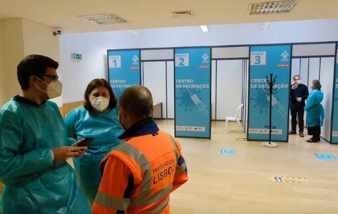 Portugal: vacinação contra Covid-19 chega ao grupo dos 30 anos em junho