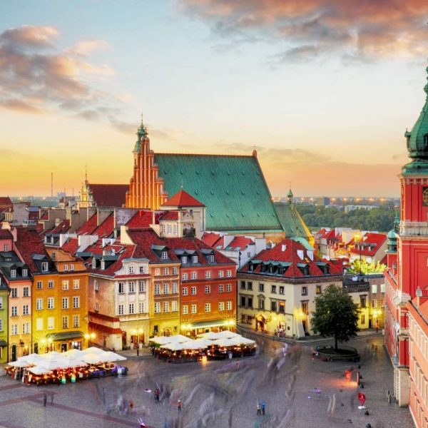 Covid-19: Polônia inicia cadastro para vacinar adolescentes de 12 a 15 anos