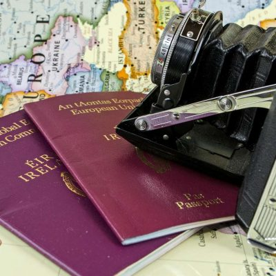 Irlanda propõe mudar regra para naturalizar bebês de pais imigrantes