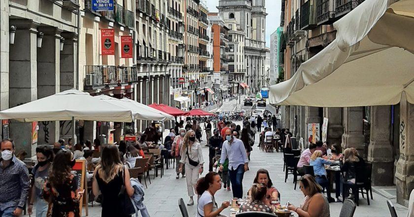 Espanha: Madri quer descumprir novas regras para bares e casas noturnas