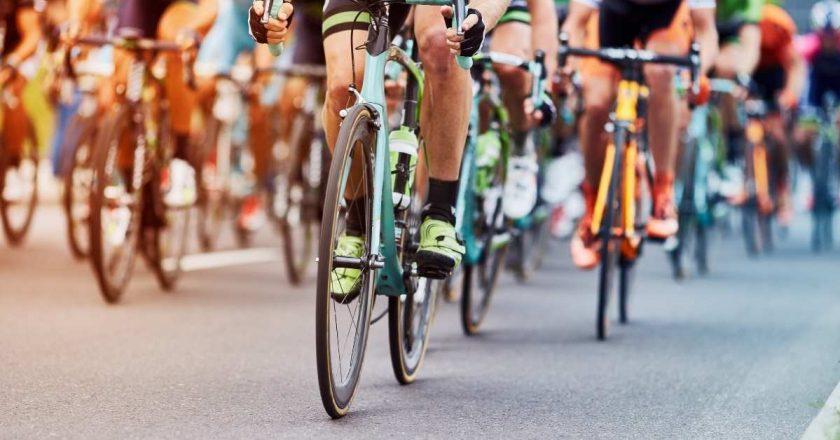 Polônia mobiliza população em competição para promover uso de bicicletas no país