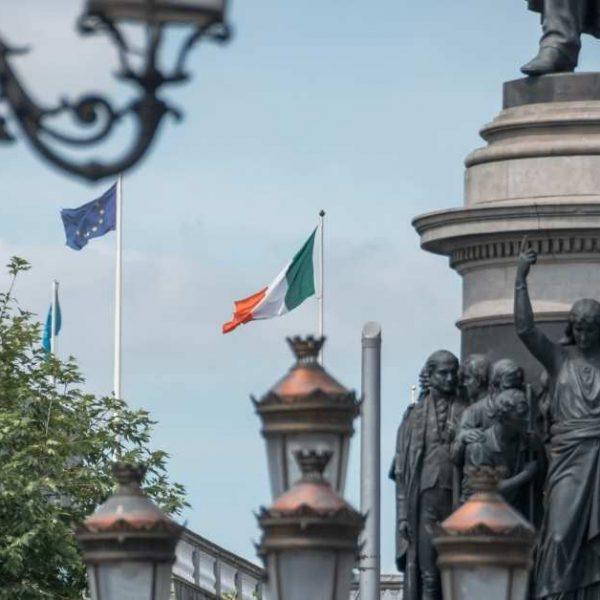 Irlanda vai retomar aulas presenciais de inglês para estudantes no país