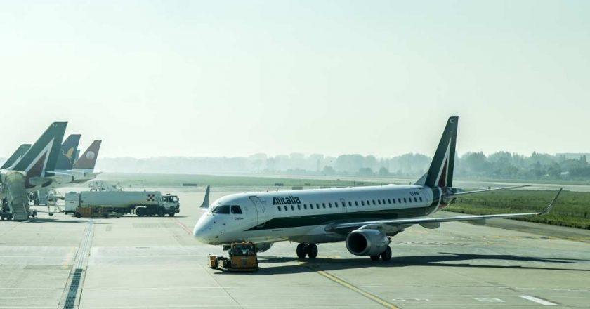 Alitalia cancela voos previstos a partir de 15 de outubro