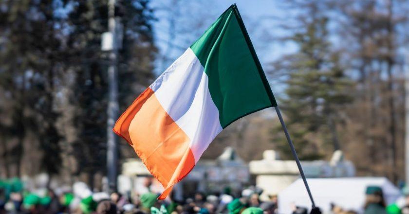 Irlanda anuncia reabertura total do país para o fim de outubro