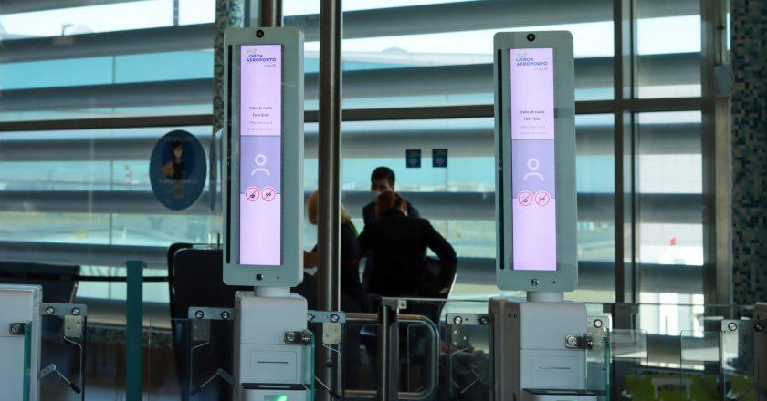Aeroporto de Lisboa inaugura reconhecimento biométrico facial