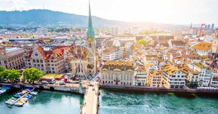 Governo suíço vai exigir Certificado Covid-19 em bares e restaurantes