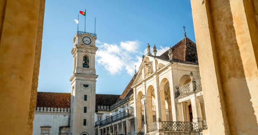 Brasileiros representam 4 em cada 10 estrangeiros diplomados em Portugal