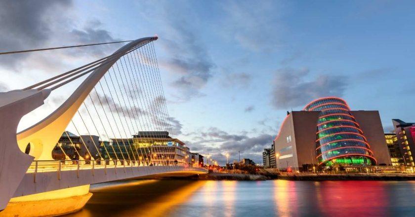 Irlanda põe fim imediato à quarentena obrigatória em hotéis