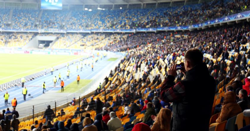 Espanha libera eventos esportivos com capacidade máxima de torcedores