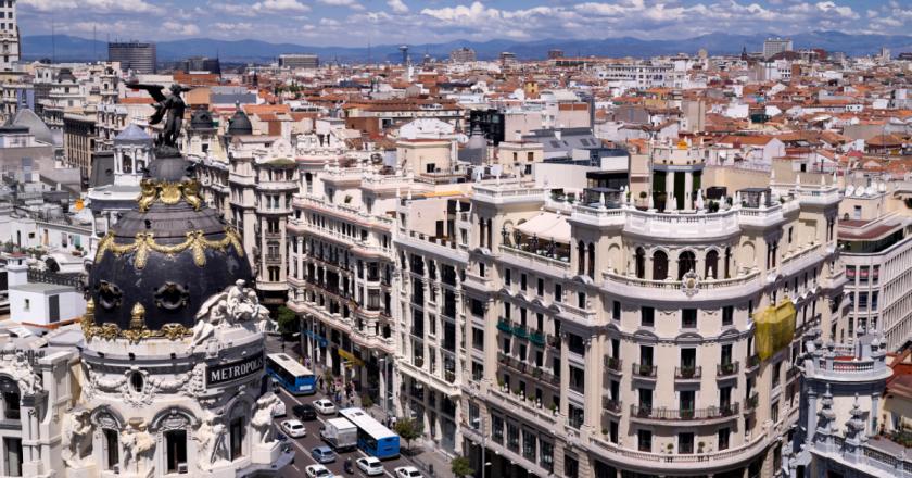 Espanha aprova orçamento para lei de acesso à moradia no país