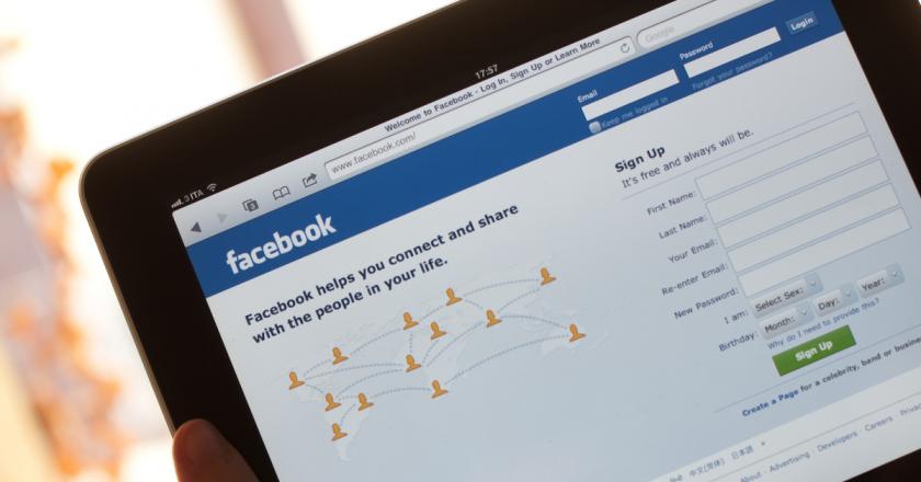 Facebook anuncia contratação de 10 mil profissionais na União Europeia