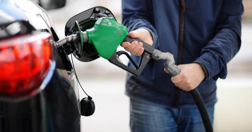 Governo de Portugal reduz imposto de combustíveis para baixar preços